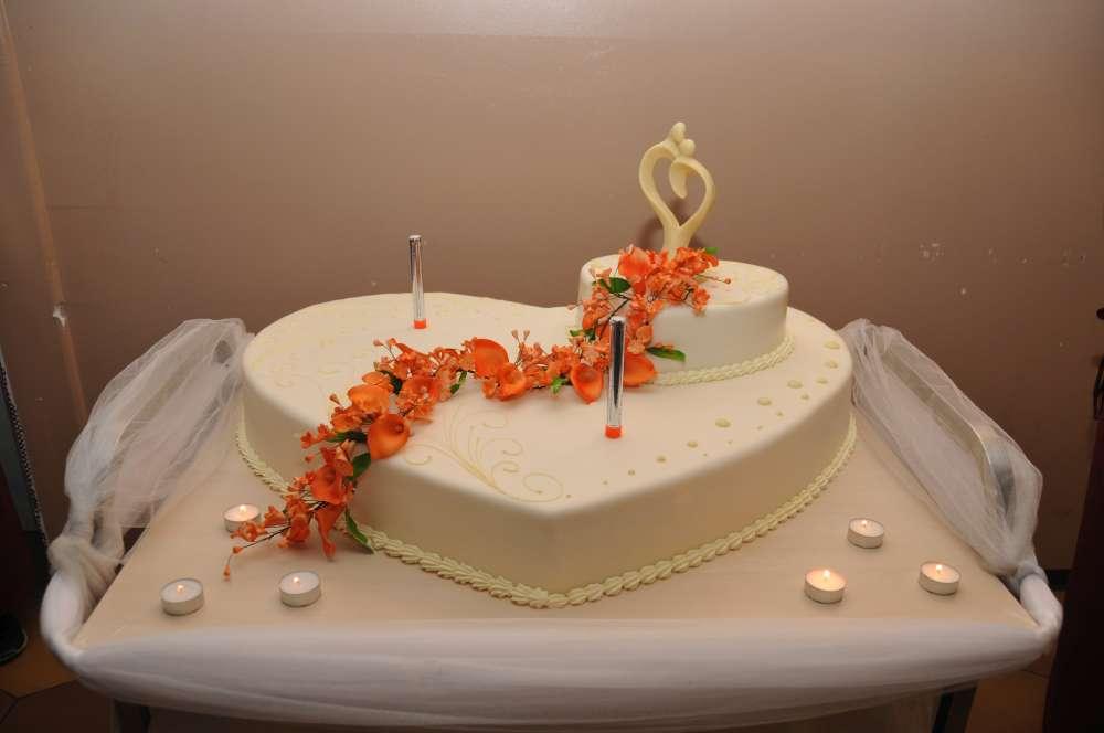 Hochzeitstorten Hochzeitssaal vielfalt Hochzeitstorten